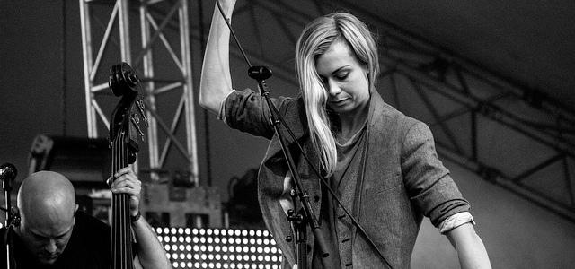 Anna Ternheim sjunger på Malmöfestivalen